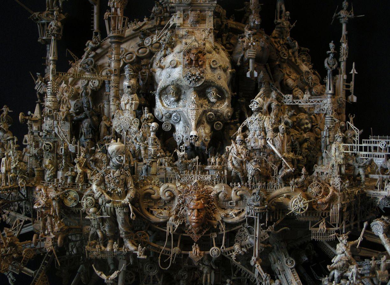 sculpture kris kuksi 3