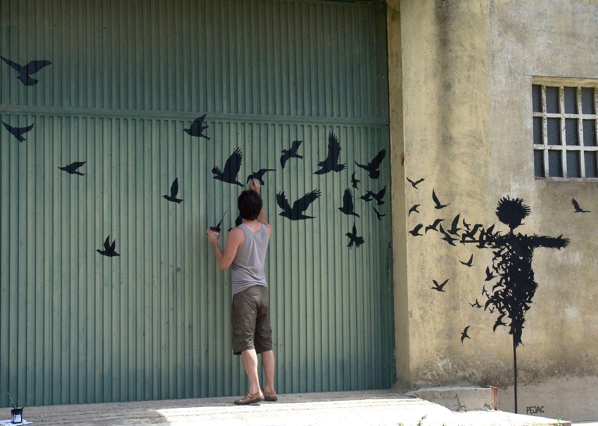 Creative-street-art-pejac-13
