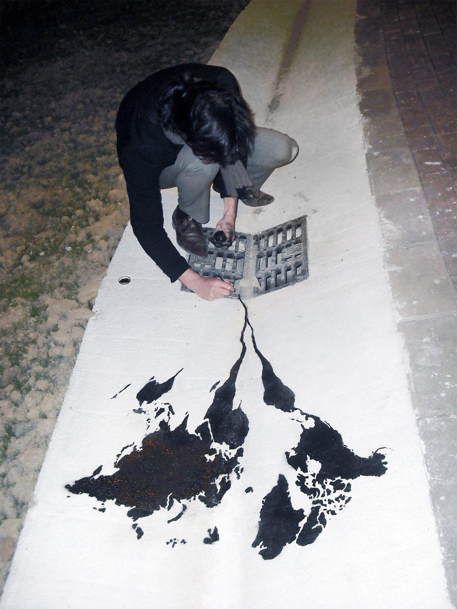Creative-street-art-pejac-9
