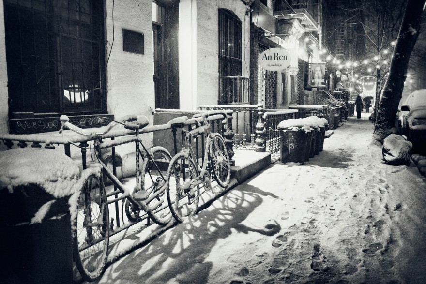 """New York Winter Night - Snow Fall in the East Village"""