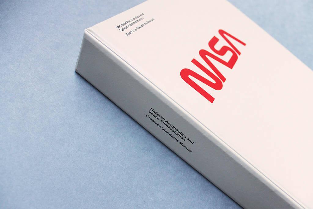 nasa-identity manual graphics oldskull 1