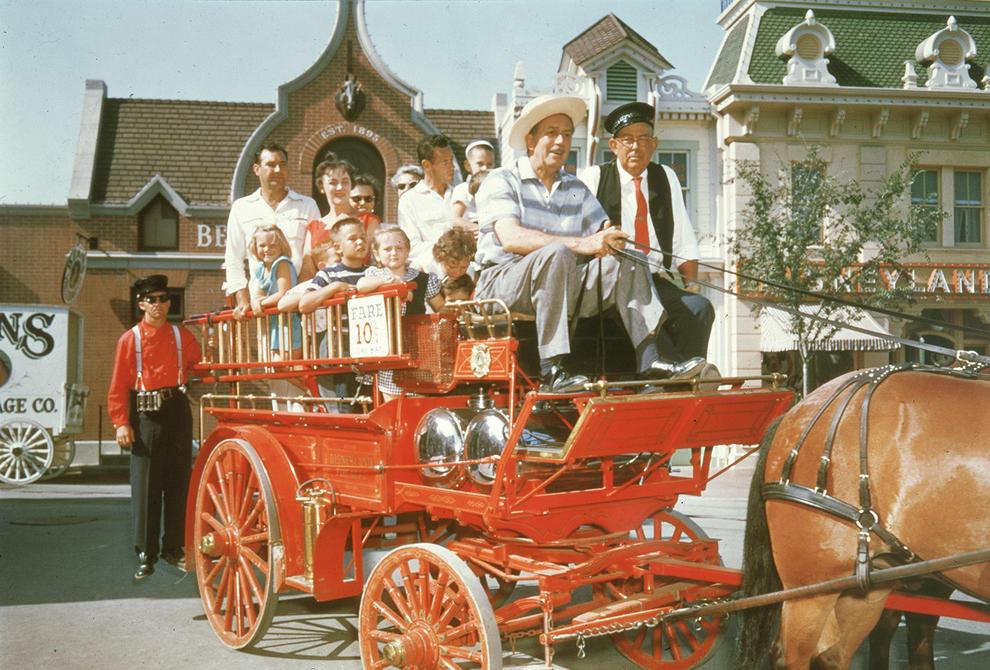 Disneyland photography in 1955 (2)