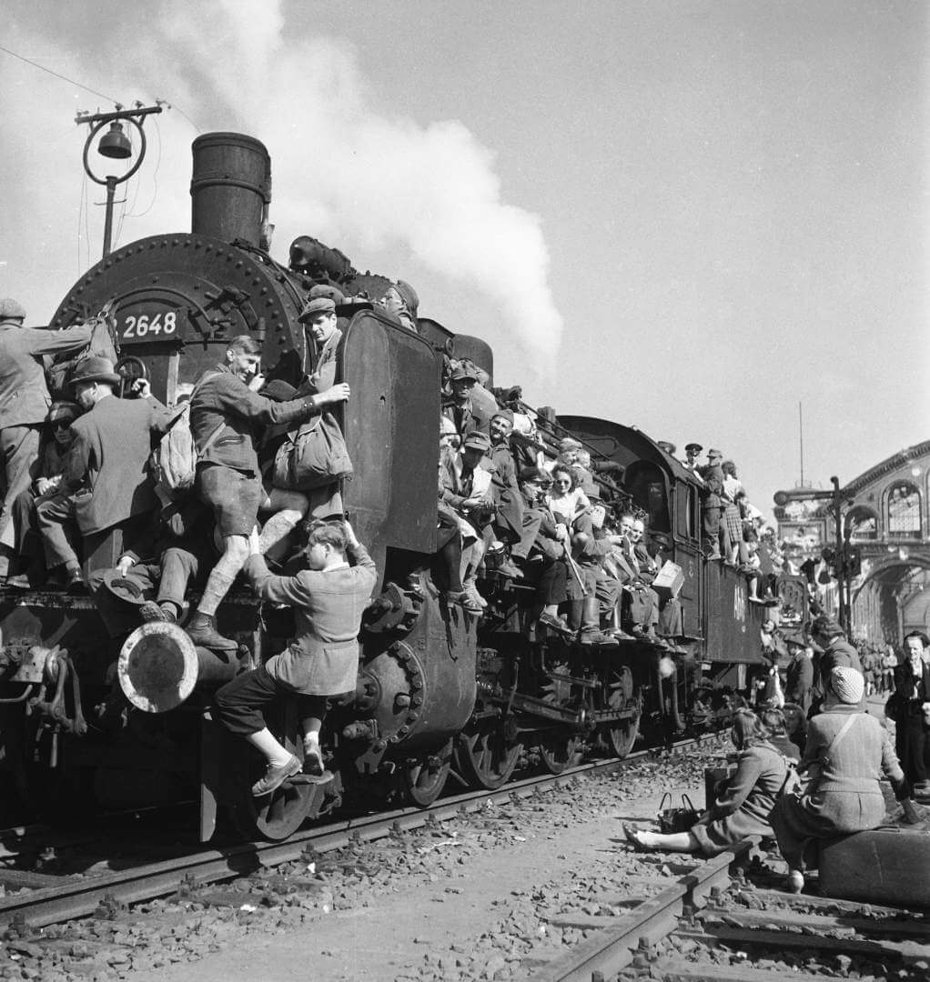 GERMANY - JUNE 06: Post WWII German refugees & displaced persons crowding every square inch of a train leaving Berlin (Photo by Margaret Bourke-White/The LIFE Images Collection/Getty Images)