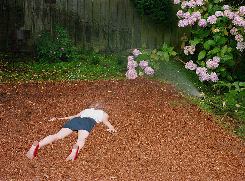 Mind-blowing Photography by Lee Materazzi