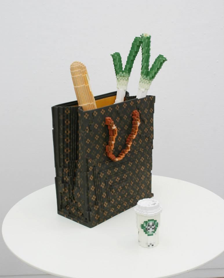 sculpture pixel ceramic oldskull 3
