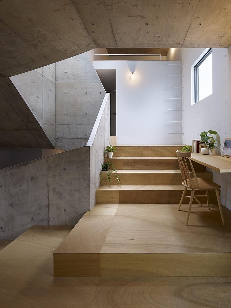 nishiochiai-arquitectura-escalera-4