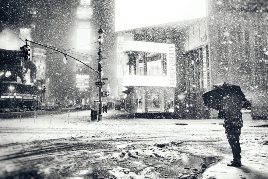 New York City - Winter - Snowy Night in Midtown
