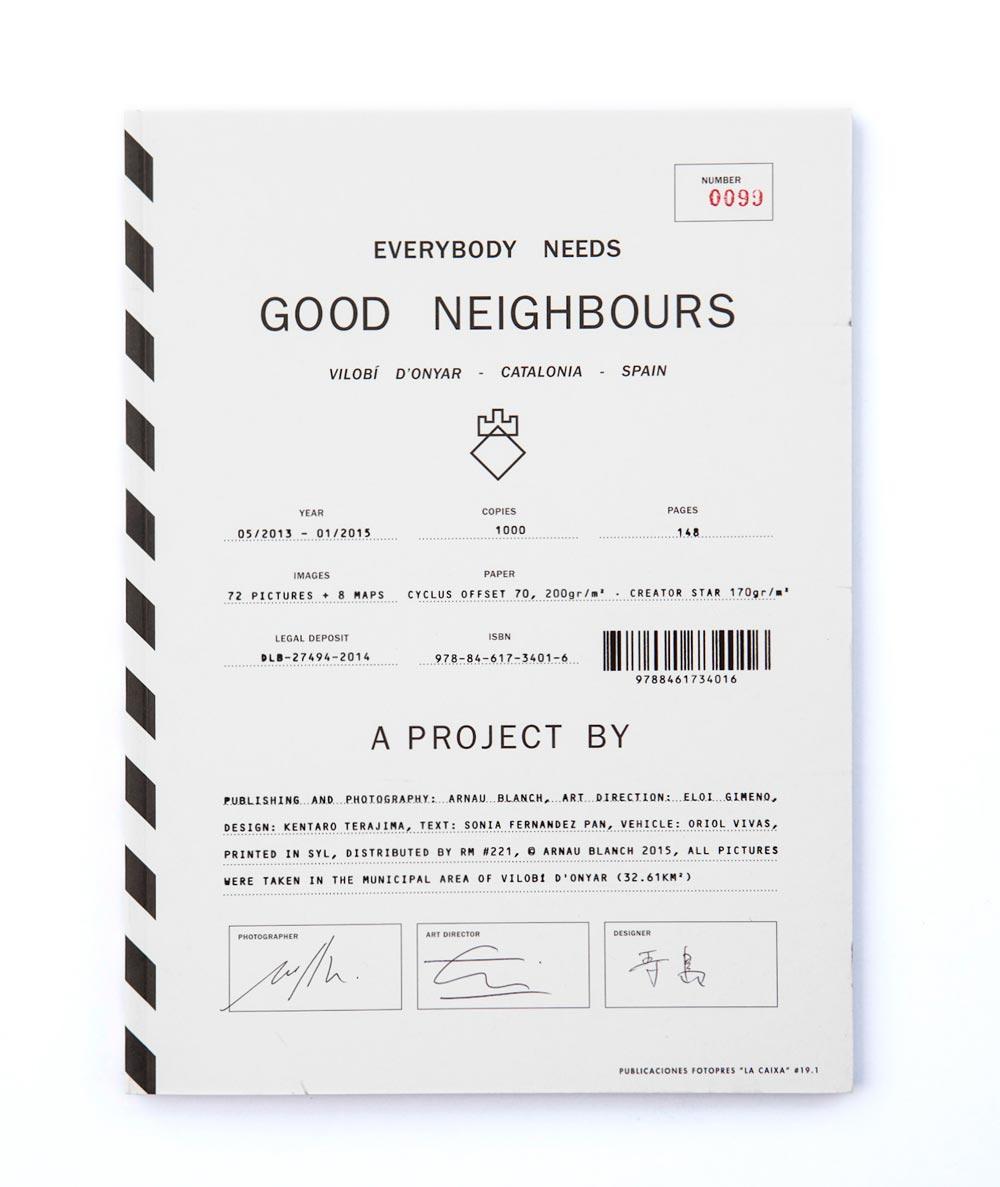 Everybody-Needs-Good-Neighbours-fotografia-de-Arnau-Blanch,