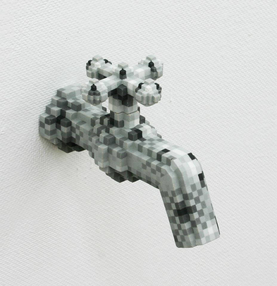 sculpture pixel ceramic oldskull 2