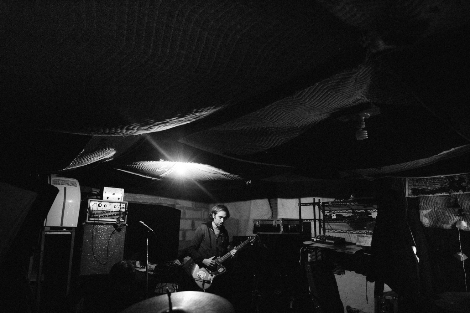 Second to last practise of A Place To Bury Strangers at Death By Audio