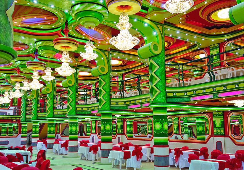 Freddy mamani colorida arquitectura en el alto bolivia