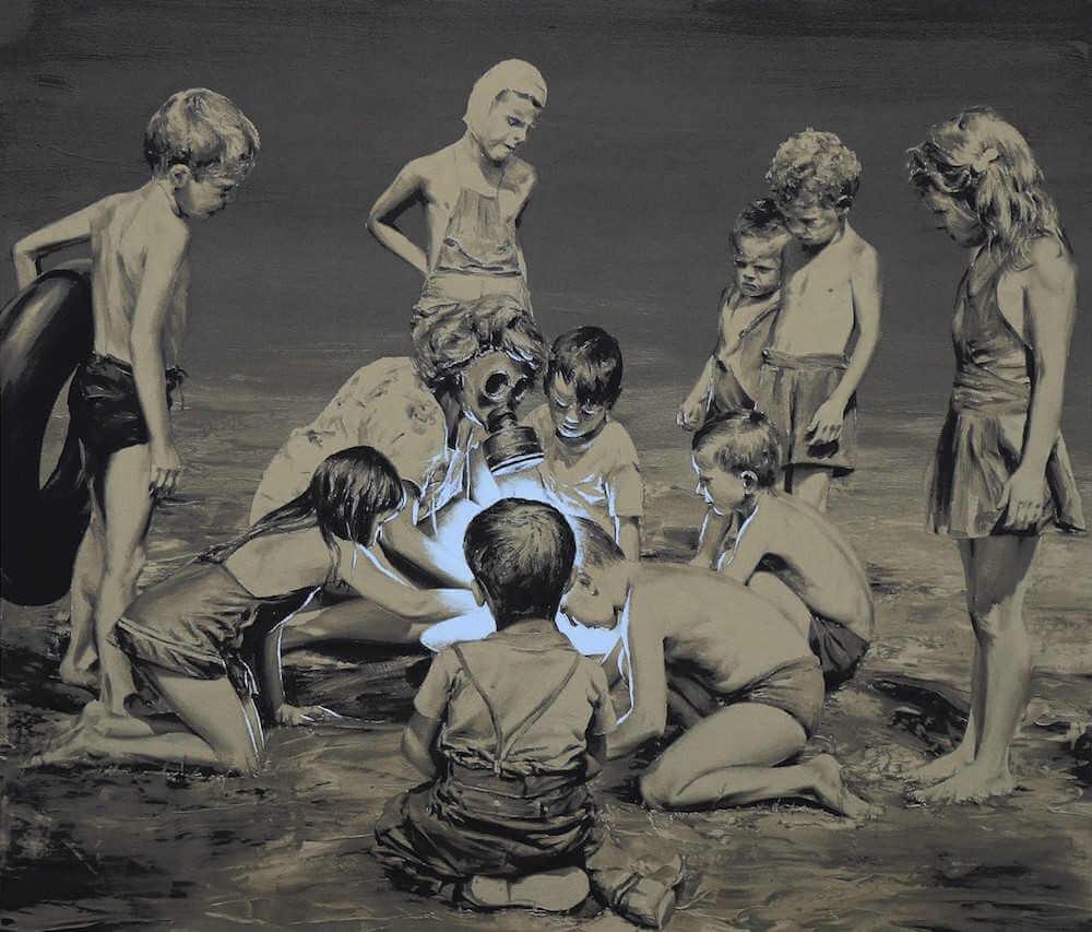 Pintura surrealista de Paco Pomet de niños jugando con material radioactivo